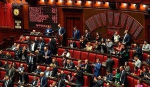 Polémica en italia por 5 diputados que cobraron ayudas destinadas a los afectados por el coronavirus