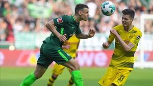 undefinedbremen s german midfielder maximilian eggestein an180429193625