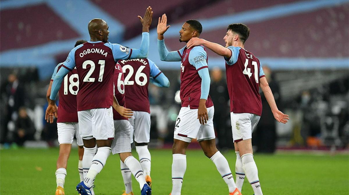 El West Ham United golea al Wolverhampton (4-0)