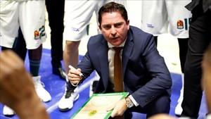Xavi Pascual repitió título de liga en Grecia
