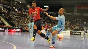 Ferrao firmó un doblete e iguala a Andresito en el Pichichi con 21 goles