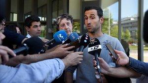 Iñigo López admite un pacto en un partido