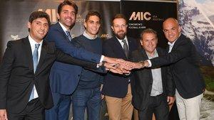 De izquierda a derecha, Alex Isern, Marc Segarra, Marc Bartra, Gerard Figueras, Juanjo Rovira y David Bellver