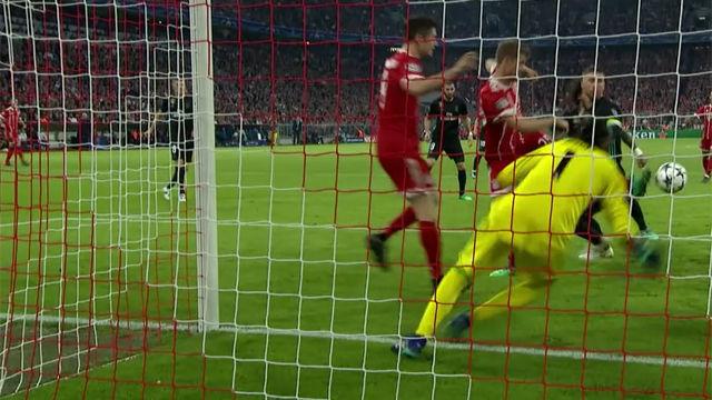 LACHAMPIONS | Bayern Múnich - Real Madrid (1-2): Müller y Lewandowski se estorbaron en una clara ocasión