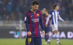 Leo Messi, cabizbajo al final del partido entre la Real Sociedad y el FC Barcelona