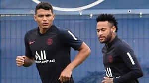 Neymar se ejercita con el PSG a la espera de que se resuelva su futuro