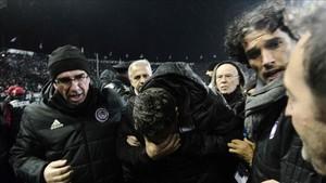 Òscar Garcia sufrió una agresión en el campo del PAOK