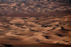 Paul Spierings durante la etapa 11 del Rally Dakar 2020 entre Shubaytah y Haradh.