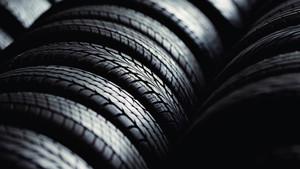 Unos buenos neumáticos son indispensables para conducir de forma segura.