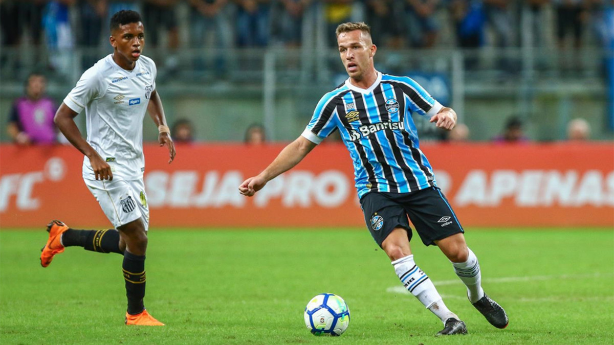 ee4cc0bd3c9 With Arthur's pending move to Barça, he won't play for Gremio again