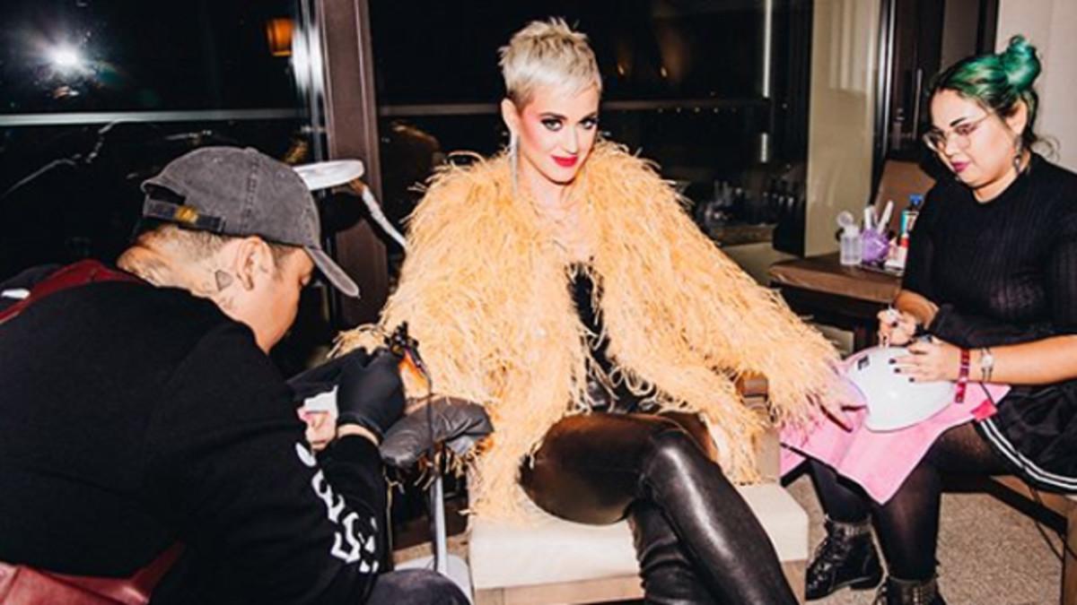 El último Tatuaje En La Muñeca Que Katy Perry