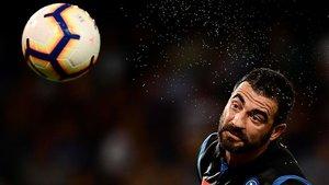 Albiol cambia Nápoles por Villarreal