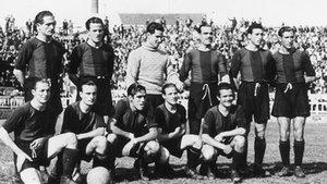 Benito debutó oficialmente como azulgrana el 19 de mayo de 1940 en Les Corts, ante el Atlético de Palma, en Copa. Es el segundo de pie por la derecha