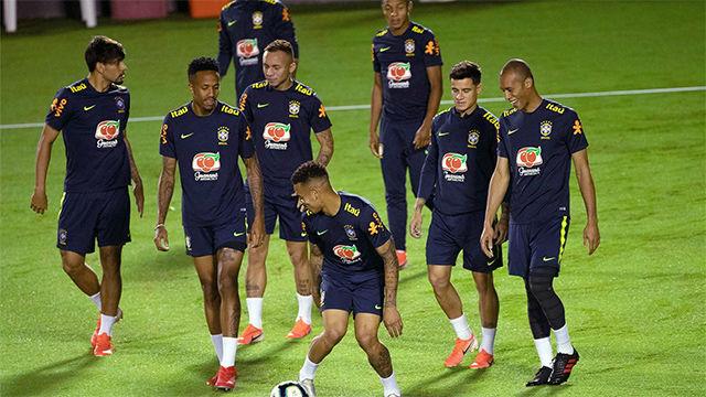 Brasil se prepara para los cuartos con una sonrisa
