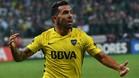Carlos Tévez en la camiseta de Boca Juniors celebra su gol en la Copa Libertadores