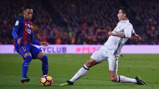 Cristiano, celoso de Neymar, pide irse del Madrid en verano