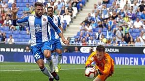 David López arrastra molestias en el cuádriceps izquierdo desde hace ocho días y es duda para visitar al Real Madrid.