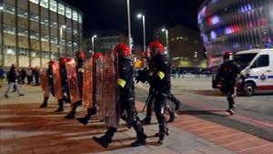 Un ertzaina falleció en Bilbao tras los incidentes con los ultras rusos