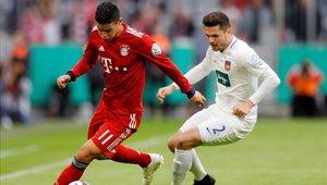 James Rodríguez no terminó las prácticas del Bayern Munich