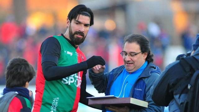 El loco Abreu a lo suyo: Otro gol y ya ha marcado con 29 equipos diferentes