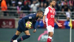 Mbappé solo pudo anotar un gol ante el Reims