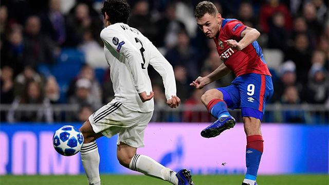 Nada por aquí, nada por allá... Chalov dejó en evidencia toda la defensa del Madrid con este gol