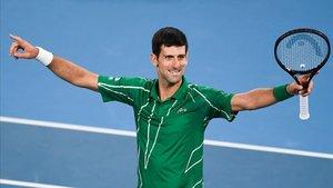 Nole quiere adueñarse de los récords de Federer
