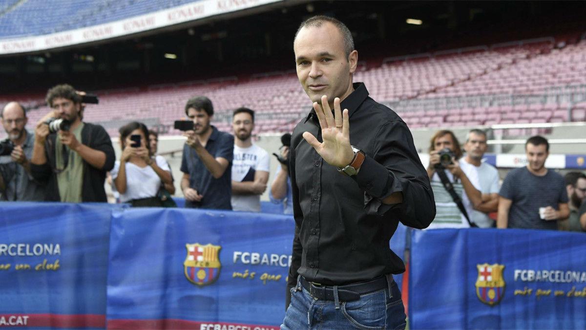 Opinión de Iniesta sobre la renovación de Messi por el Barcelona