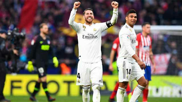 El Real Madrid consigue la victoria en un polémico derbi