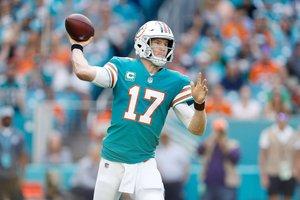 Ryan Tannehill consiguió más de 20 yardas en la campaña regular con los Dolphins