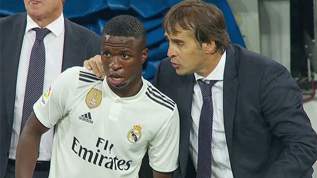 the latest afe3e 3aef4 Vinicius Junior plays his first minutes for Real Madrid