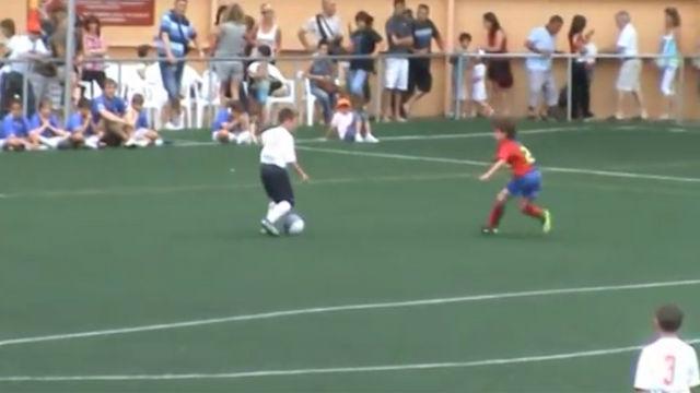 De alevín, Abel Ruiz le marcaba goles al Barça