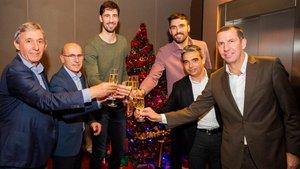 El Barça brindó por los futuros éxitos de la sección