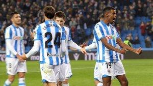 Conforme avanzan las jornadas, el Málaga se reencuentra con su nivel y logra alejarse del descenso