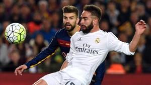 Dani Carvajal y Gerard Piqué, hace dos temporadas en el Camp Nou