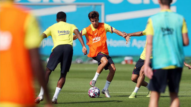 Dembélé hace parte del entreno con el equipo