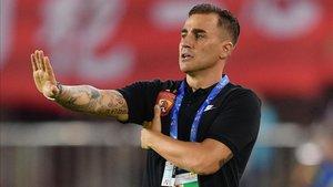 Fabio Cannavaro compaginará el trabajo de entrenador del Guangzhou Evergrande con el de seleccionador de China