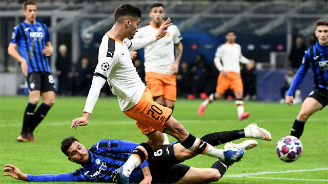 Ferran tuvo el segundo gol del Valencia en sus botas, pero estrelló el balón en el palo