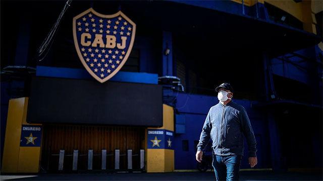 El fútbol, en silencio por las calles de La Boca en Argentina