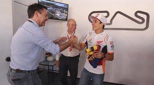 Josep Maria Bartomeu saludo a Marc Márquez en el Circuit de Catalunya
