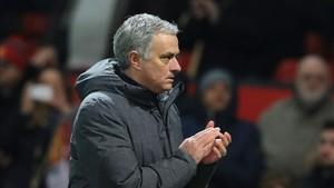 Mourinho piensa en fichar a Alexis Sánchez