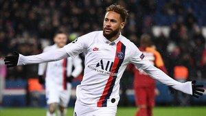 Neymar celebrando su gol ante el Galatasaray