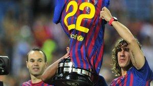Carles Puyol levantó infinidad de títulos, y en muchos de ellos tuvo gestos impecables, como éste hacia Abidal