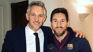 Gary Lineker junto con Leo Messi