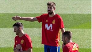 Gerard Piqué, en el entrenamiento de la selección española