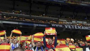 En Marruecos cuatro aficionados serán juzgados por desplegar una bandera española