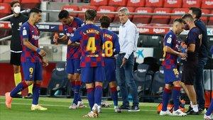 Quique Setién reconoció que el título se aleja tras empatar contra el Atlético