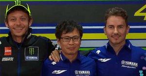 Rossi y Lorenzo, durante la presentación de Yamaha