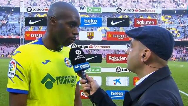 La sorprendente respuesta de Nyom cuando fue preguntado por la falta sobre Umtiti en el gol anulado