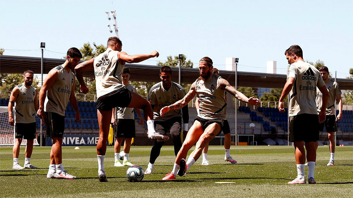 Último entrenamiento del Real Madrid antes del enfrentamiento ante el Athletic Club